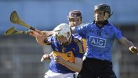 Tipp ride their luck and stay in hunt