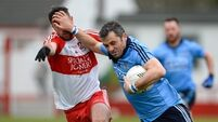 Dogged Derry repel  Dubs