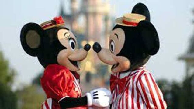 Travelfox Disney special offer - €1999 Family Price