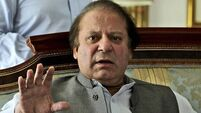 Pakistan's PM and army  hold talks after days of protests