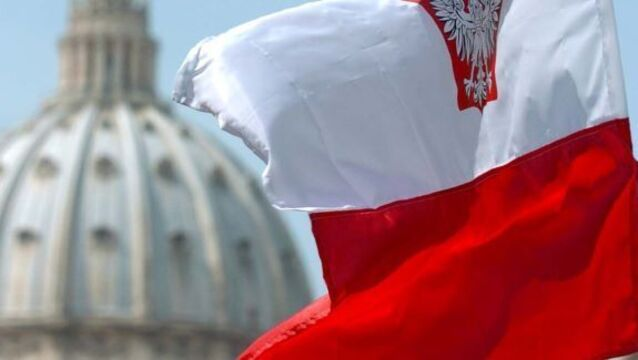 Poland seeks Russia food ban action