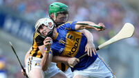 Three changes for Cats as Tipp sweat on knocks