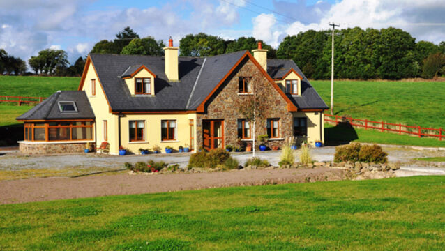 Ah-factor in lovely Grenagh, just 15 minutes from Cork suburbs