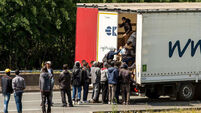 Truckers 'face death' in Calais chaos