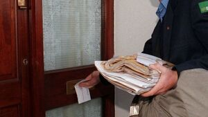 Protesting postmasters return welfare forms to Government