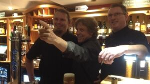 VIDEO: Mark Hamill pulls pints in Kerry pub