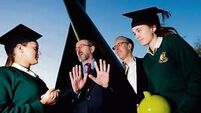 €2k university scholarships for top student scientists