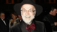 Terry Pratchett's death announced perfectly on twitter