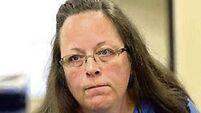 US clerk jailed for refusing to issue marriage licences to gay couples