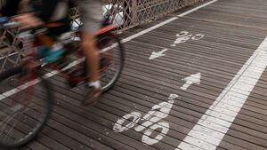 Minister Donohoe needs to clarify rules of roads for urban cyclists