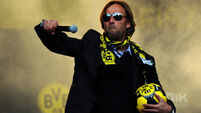 Kop ready to be serenaded by 'heavy metal' football
