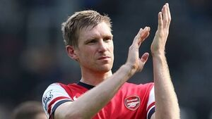 Mertesacker: City trip tests Arsenal top-four claims