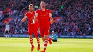 Southampton boss Ronald Koeman tells Man United to up Morgan Schneiderlin offer