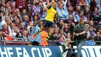 Terrace Talk: Elements can't rain on this Gooner parade