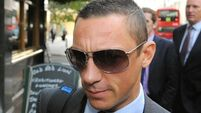 Dettori repeats feat on Dubday