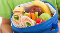 Tips on making up a healthy school lunch for your little ones