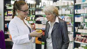 Six reasons why you should make more use of your local pharmacy