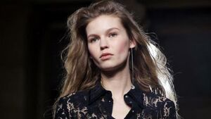 Looking at the autumn/winter beauty trends