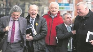 Independents mull opting out of talks with Fianna Fáil and Fine Gael