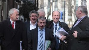 Government talks: Independents call for minority government deal or a return to the polls