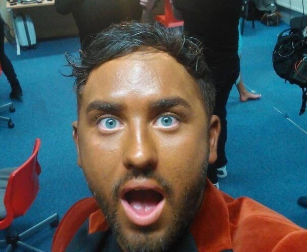 Hughie Maughan said his fake tan streaked at the studio, so he had to use the same foundation used by Jamelia on 'The Voice