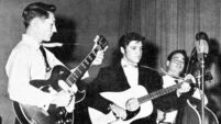 Rock pioneer and Elvis' first guitarist Scotty Moore dies at age of 84