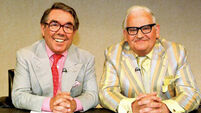 Friends and fans say 'goodnight' to comedy great Ronnie Corbett