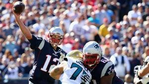 Cool Tom Brady shakes off first-half battering as Patriots rout Cowboys