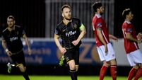 Dundalk sound warning to title pretenders with big win against St Pat's