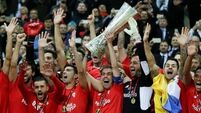 Sevilla stay on course for Europa League hat-trick