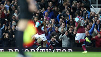 Dimitri Payet signs new deal with West Ham
