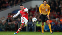 Arsenal wait on Alex Oxlade-Chamberlain scan after injury against Barcelona
