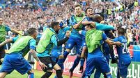 Slick Italy end Spain's reign