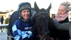 Garde La Victoire gives Richard Johnson landmark 3,000th win