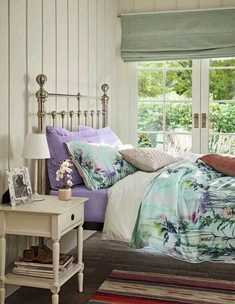 For a full commitment to florals, M&S offers the Jemima digital duvet cover (€67-€109), Egyptian percale fitted sheet in mauve (€27-€40), Autograph supima sateen 750 Oxford pillowcases (€35), quilted cushion (€16).