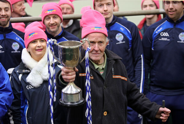 Pretty in Pink, Eugene O'Sullivan, The Oldest Drover in Ireland helps break the World Record at Kenmare Mart Co kerry