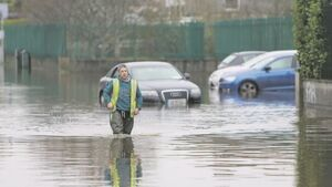 Limerick flood victims furious about canal-gates delay