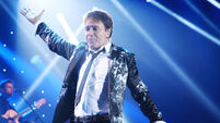 Police interview Cliff Richard over abuse allegations