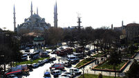 10 die in suicide bomb blast at Istanbul tourist site