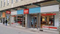 Sainsbury agrees €1.7bn takeover of Argos owner Home Retail Group