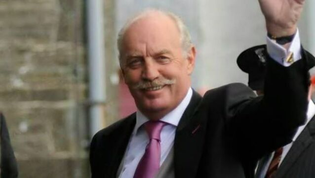 Dermot Desmond urges Ladbrokes shareholders to 'reject Coral bookie deal'