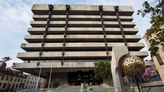 Central Bank 'struggles' to keep up with technological developments