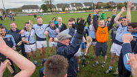Kevin Downes drives Na Piarsaigh on