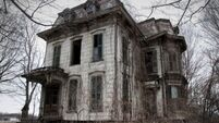 There's something very creepy about this house for sale in Mayo