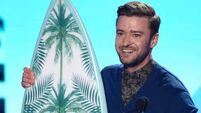 Justin Timberlake urges teens to 'do the impossible' at Choice Awards