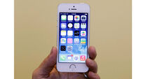 Apple to offer old iPhones in bid to produce in India