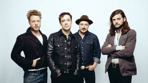 Mumford & Sons on the road again