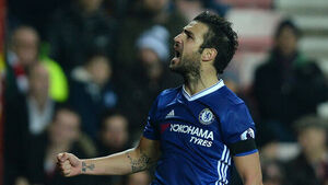 Perfect 10 as Chelsea break from the pack