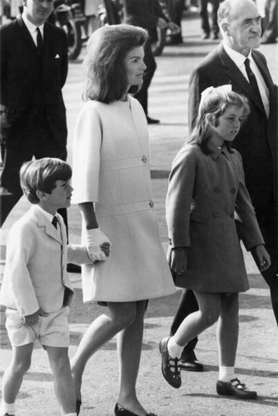 Jacqueline Kennedy (1929 - 1994) with her children Caroline and John at Shannon Airport, at the start of a family holiday in Ireland, 15th June 1967. (Photo by Keystone/Hulton Archive/Getty Images)