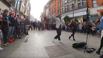 Dublin musician inspires American audience members to dance